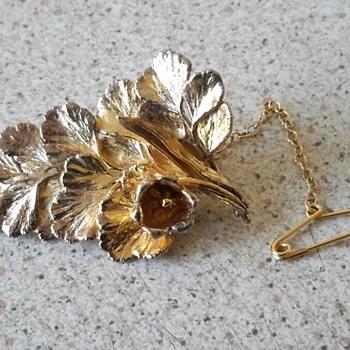 FLORA DANICA gold over silver LEAF brooch Eggert Denmark - Fine Jewelry