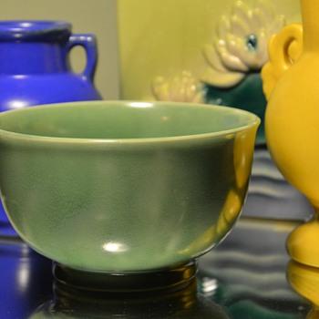 Homer Laughlin Art Wells GlazedGreen Bowl - 1930s