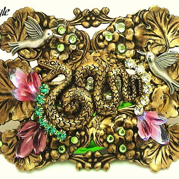 HUNTING SNAKE HAIR BARRETTE - Accessories