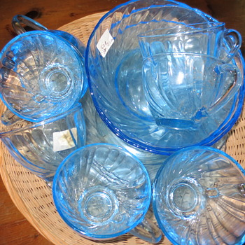 vintage blue glassware - Glassware