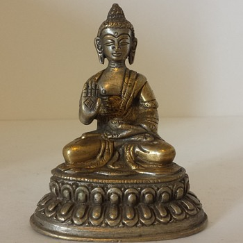 Garage sale buddha - Asian