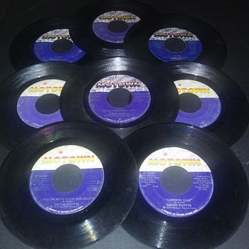 EIGHT FROM 'MOTOWN'...ON 45 RPM VINYL - Records