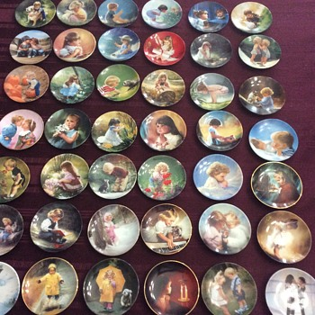 42 mini Donald Zolan plates - Fine Art