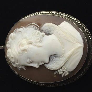 Vintage 800 Silver Cameo signed - Fine Jewelry
