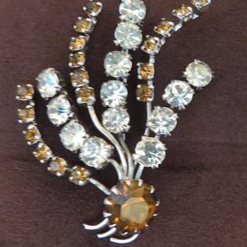 Costume Jewellery Flower Spray Brooch - Costume Jewelry