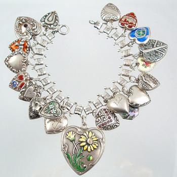 Heart Charm Bracelet --1940s onward - Fine Jewelry