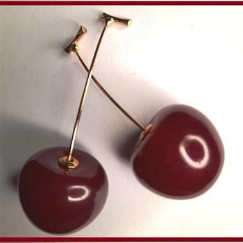 Vintage Cherry red Bakelite Earrings - Costume Jewelry