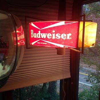 Budweiser rotating light - Breweriana