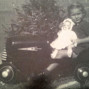 Mom's V8 Pedal Car - Model Cars