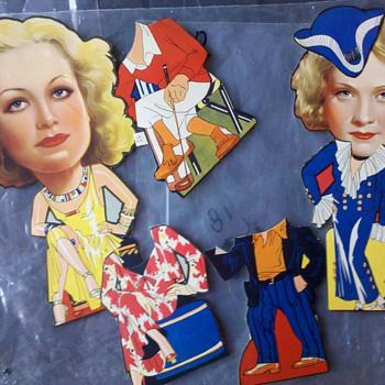 1940's Paper Dolls? - Dolls
