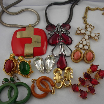 Wonderful weekend finds! - Costume Jewelry