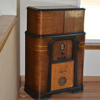 Philco Radio Bar