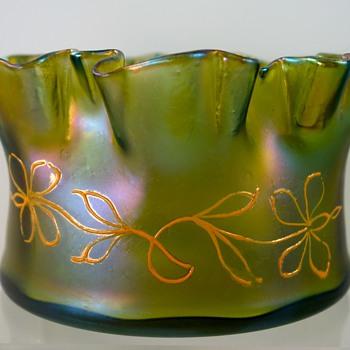 Loetz Gelbgrün Glatt, PN unknown, Dek I/107, ca. 1900 - Art Glass