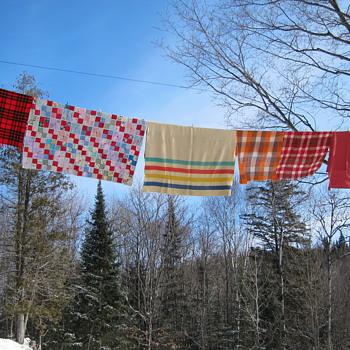 Vintage Blankets & Quilts