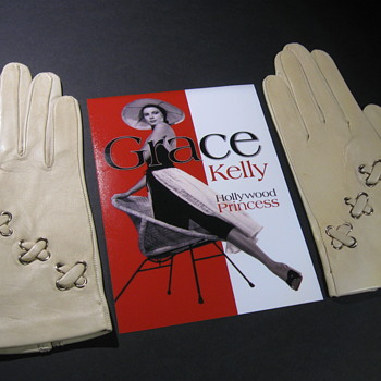 Grace Kelly/Princess of Monaco . . . Kid Leather Gloves