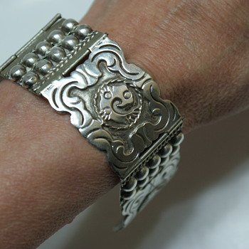 Vintage Bracelet made in Mexico - Fine Jewelry