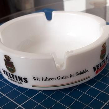 Veltins milk-glass ashtray - Tobacciana