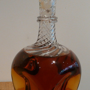 VICTORIAN DECANTER WHITEFRIARS  - Art Glass