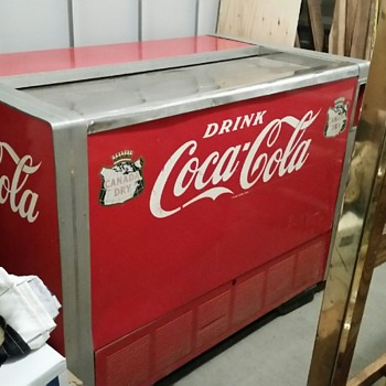 1956 Coca Cola Deep Freeze? Need advice / How to confirm year. All original and working.  - Coca-Cola