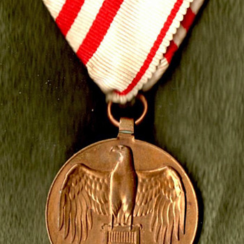 Austrian World War I Commemorative Medal - Military and Wartime