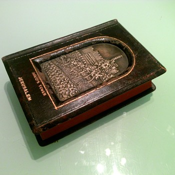 Grandfather's leather bound bible with engraving of David's Towe - Books