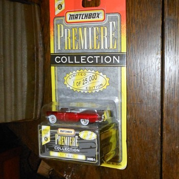 Matchbox Premiere Collection 57 T-Bird - Model Cars