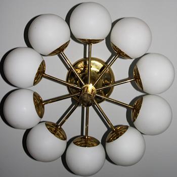 Kaiser Leuchten Radial Sputnik Opal Glass Globes Chandelier, Germany, 1960s - Lamps