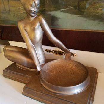 Nuart art deco nude nymph ashtray - Art Deco