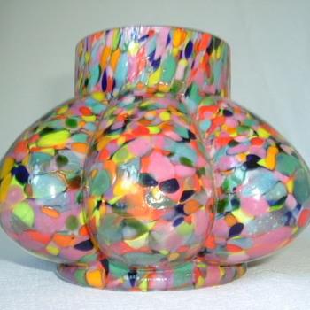 Kralik Spatter Glass Rose Bowl - Art Glass