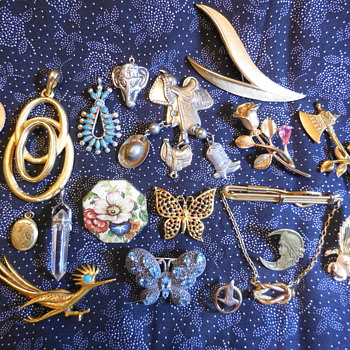 More Jewelry NOW! As Per Ms.CrystalShip(Eileen's) Request Then Information! :^D - Costume Jewelry