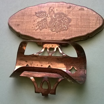 vintage lipstick holder with mirror without lipstick as posted 3 yrs ago. reg. des.nno.934048