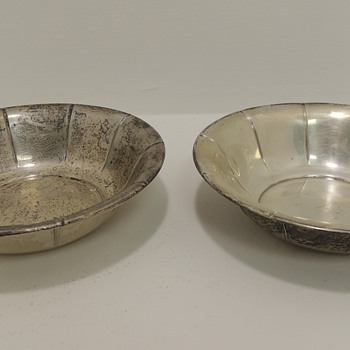 Pair of Sterling Silver Ice Cream Dishes - PREISNER SILVER CO. - Silver