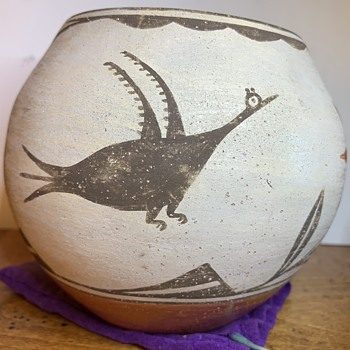Antique Zia Roadrunner and Floral Red Clay Olla Storage Jar  - Native American