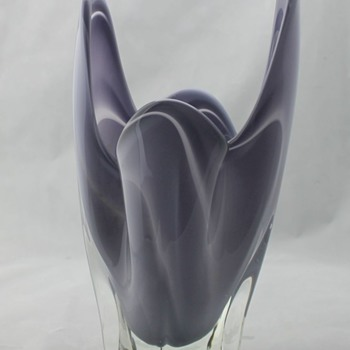Hineri Japan finger vase - Art Glass