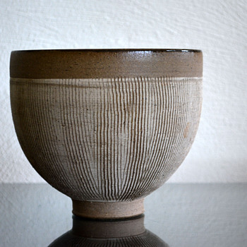 Edwin and Mary Scheier studio pottery bowl - Pottery