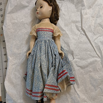 Madame Alexander dolls with strong smell  - Dolls
