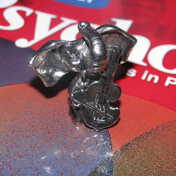 Pewter elephant playing cello - Animals