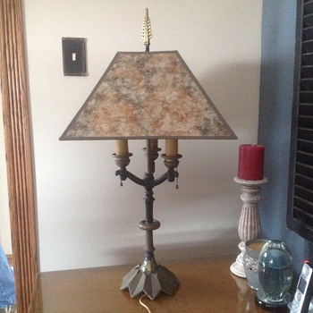 Rembrandt lamp with unique shade