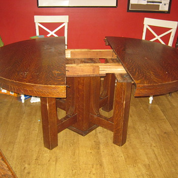 My great grandmothers dining table. No signature. ??? - Furniture
