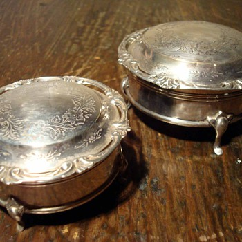 A Pair of Sweet Victorian Sterling Jewel Boxes 1859 - Silver