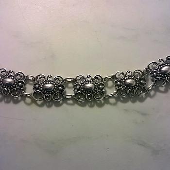 Old .835 Silver Bracelet Flea Market Find $1.00 - Silver