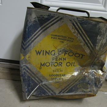 wing foot penn motor oil can - Petroliana
