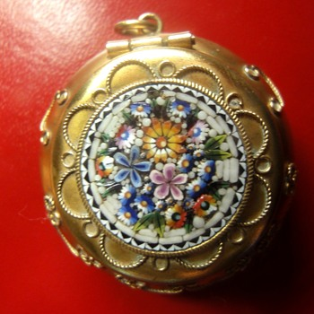 Antique Micro Mosaic  Pillow Trinket Box  - Fine Jewelry