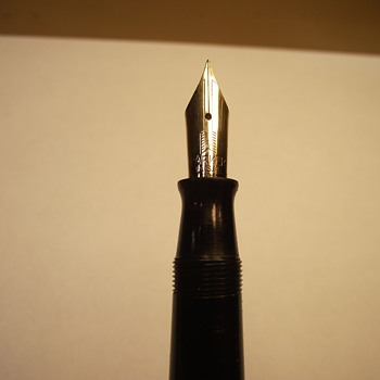 Geo S. Parker Vacumatic Fountain Pen, Need help identifying what year, and model type - Pens