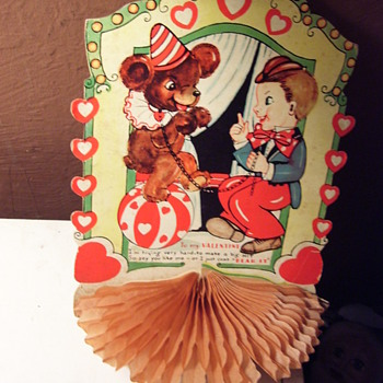 HAPPY HAPPY VALENTINES DAY!! LOTS OF LOVE FROM LOIS! (1920s Valentine, I believe) - Cards