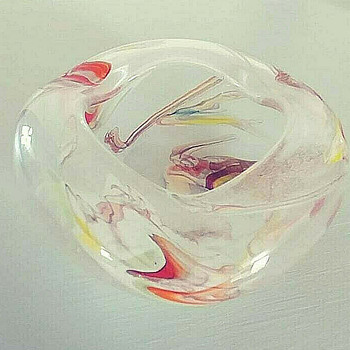 Norcrest ashtray, Japan - Art Glass