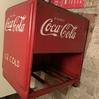 Coca Cola cooler year and model unknown  - Coca-Cola