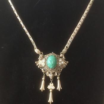 Karu Fifth Avenue Massive Lavalier - Costume Jewelry