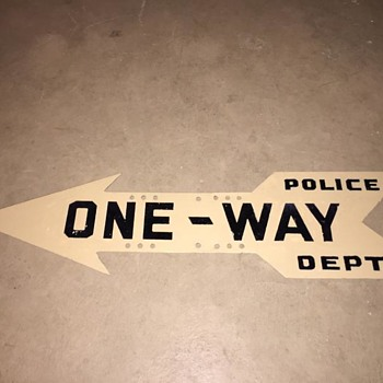 "1930s-1940s NYPD ""ONE-WAY"" arrow sign - Signs"