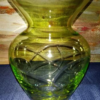 Uranium Vase - Art Glass